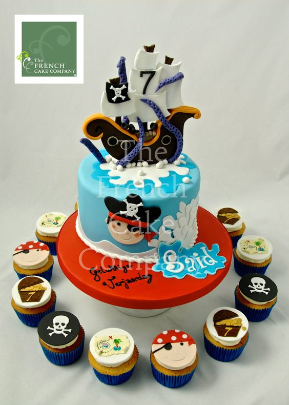 birthdays pirates and cakes on pinterest. Black Bedroom Furniture Sets. Home Design Ideas