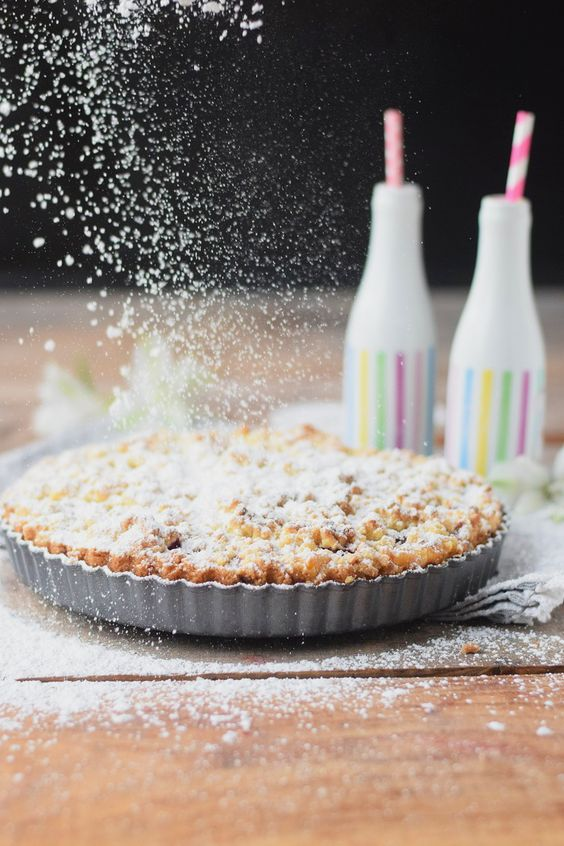Himbeer-Crumble-Tarte mit Vanille-Creme - Raspberry Crumble Tarte with vanilla custard #summer #raspberries #tarte | Das Knusperstübchen