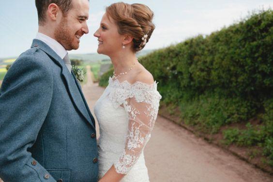 Limonada rosa e laço para um casamento Farm Country ...
