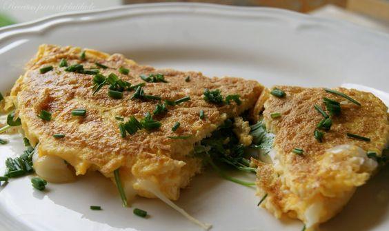 Omelete de Rúcula com Queijo Curado