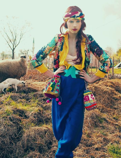 BOHEMIAN - BOHO - GYPSE - Colourful Knitwear