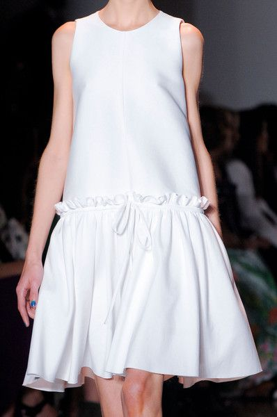 Peter Som at New York Fashion Week Spring 2014 - Details Runway Photos