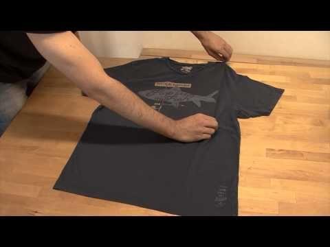 Cómo Doblar Una Camiseta Rápido En 2 Segundos Youtube Dobrar Camisetas Camisetas Como Dobrar Roupas