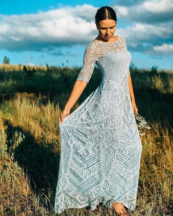 """ПРОДАЕТСЯ  Скажу одно, что платье НЕ """"не подошло"""" .... Оно прекрасно и ищет хозяйку! Размер : 42-44 Всем, кому интересно, прошу писать в личку. #vikulovahandmade #продажа"""