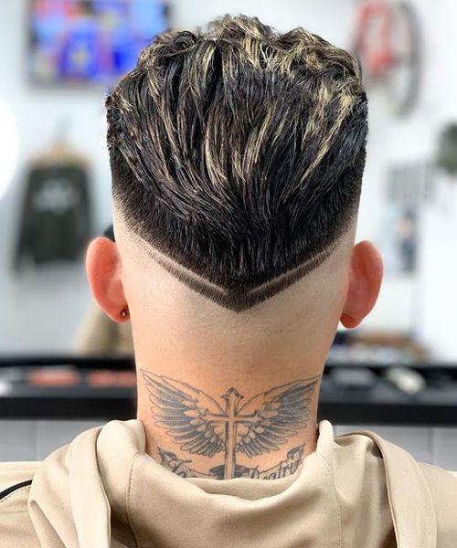 cortes de cabelo masculino degrade com risco