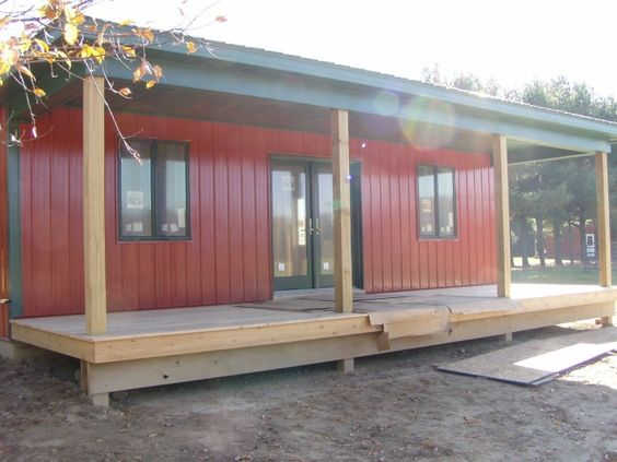 Barn living pole quarter with metal buildings barn for Pole shed with living quarters