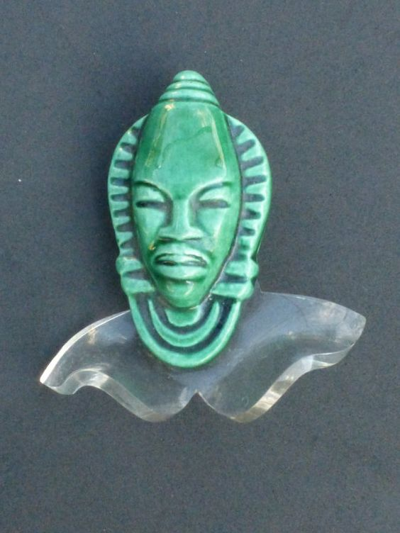 1940's Ceramic Asian Face Head Lucite Collar by GliterzbySal