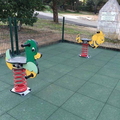 Dalle Amortissante Hexdalle Xe Vert 25 Mm Pour Aires De Jeux Pour Enfants Aire De Jeu Enfant Aire De Jeux Revetement Sol Exterieur