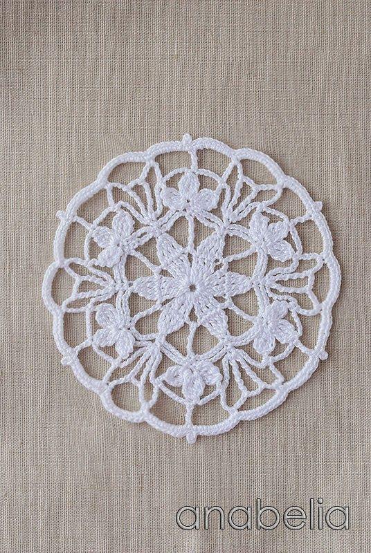 Crochet lace motif nr 3 by Anabelia