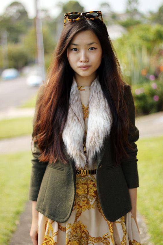 Gold chain dress / fur collar
