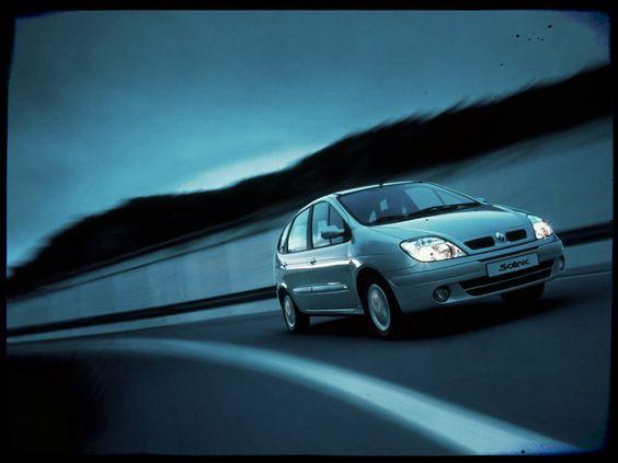 Megane Scenic Ph2 on Road #scenic #piecesauto #misterauto