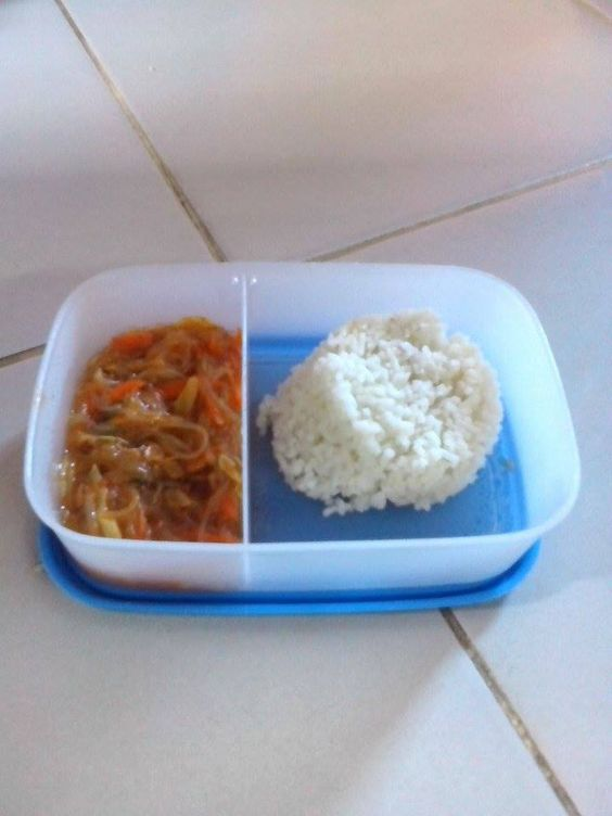 Today's #dishoftheday at Holy Spirit school is Sardines Sotanghon and Rice.#feed500 #notinvisible
