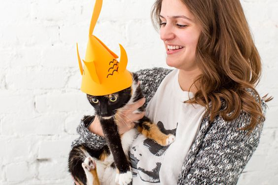 3 Stylish Hats Your Human Needs to Make for You Right MEOW via Brit + Co