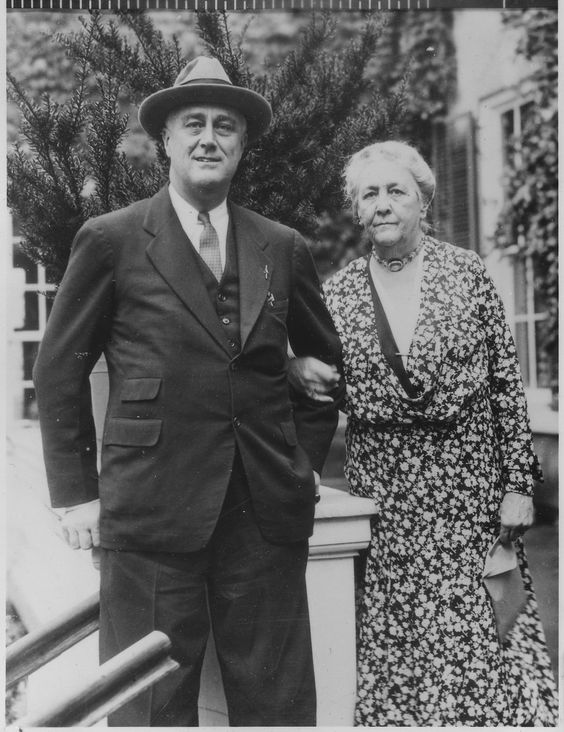 Sara Delano Roosevelt with her son, President Franklin D. Roosevelt, in 1933 at the family estate in Hyde Park, New York.