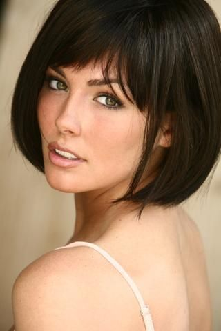 Taylor Cole gorgeous woman and has worked so hard to get where she is at today! Cute cut too:)