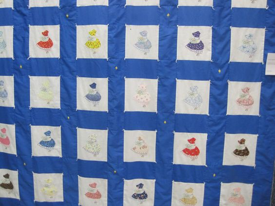 This Sunbonnet Sue quilt was amazing - made by a 90 year old lady, the embroidery was fabulous . . .