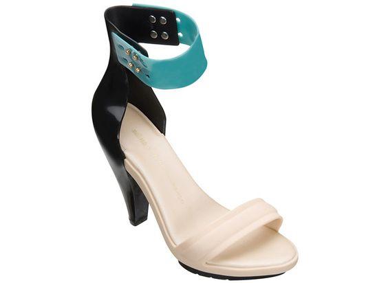 Sandalias diseñadas por Pedro Lourenço para Melissa
