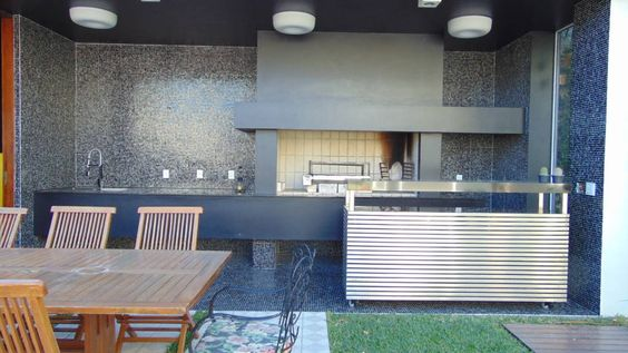 Churrasqueira externa (De Jader e Ivan Arquitetos)