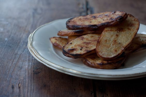 Grilled salt and vinegar potatoes. I think tomorrow i'll have some of these as a snack, they look delicious!