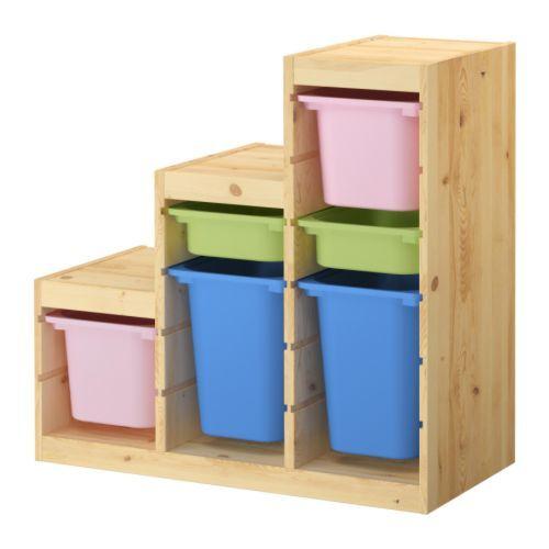 TROFAST Combi rangement+boîtes IKEA Plusieurs glissières pour les tablettes et bacs, que l'on place en fonction des besoins.