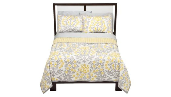 This WILL be my bedding.  I love the grey and yellow...perfect combination of masculine and feminine.