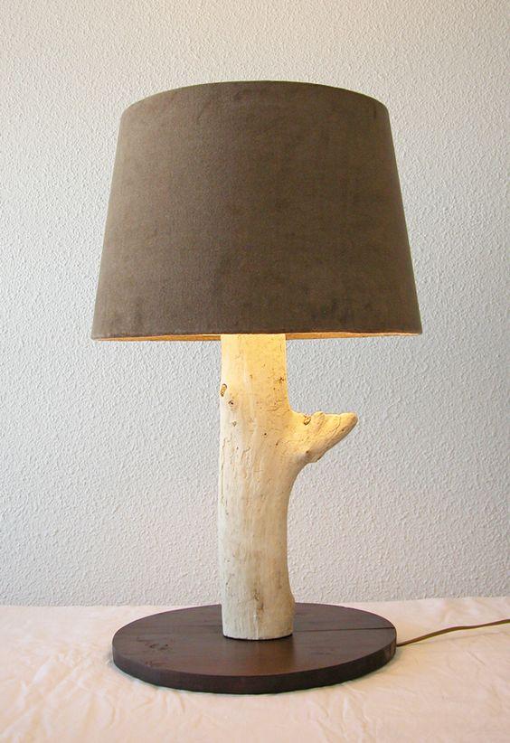 Grande lampe en bois flott par benoit galloudec http for Grande branche bois flotte