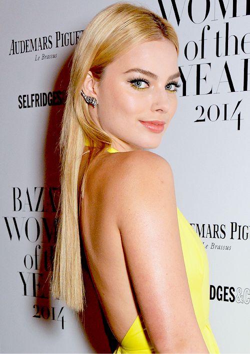 "fymrobbie: ""Margot Robbie attends the Harpers Bazaar Women of the Year awards at Claridge's Hotel on November 4, 2014 in London, England. """
