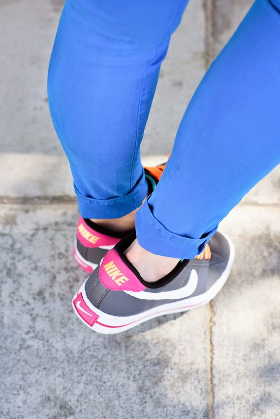 Bright Blue J Brand Skinnies + Neon Nikes | Luci's Morsels :: LA Food Blog