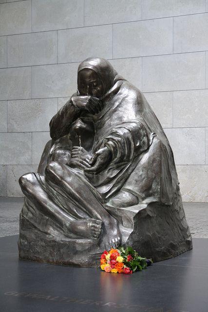 Kathe Kollwitz Pieta Bronze: