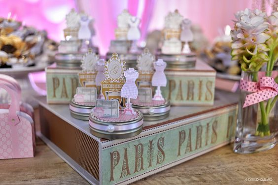 Festa Paris - Decor da mesa