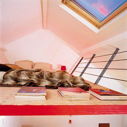 Une chambre d ado suspendue dans les airs mezzanine et marie claire for Mezzanine chambre sous pente