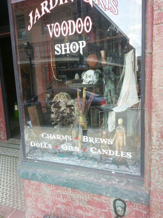Shops voodoo shop and old town on pinterest for Jardin gris voodoo shop conyers