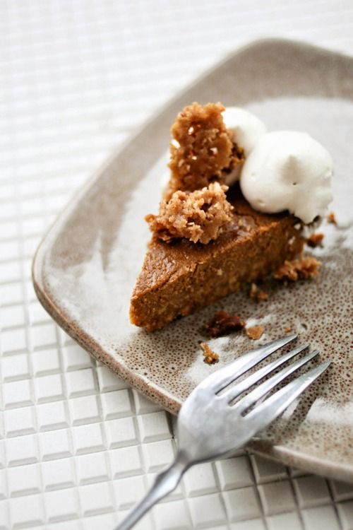 Pumpkin Pie with Cinnamon Crunch with Bourbon-Maple Whipped Cream ...