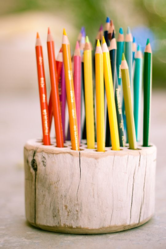 Rustic pencil holder - could do this for my Stickles glues.  I've got the wood and the idea ...