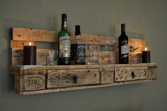 Palettenmöbel Regal No1 Natur von Woody Dekor - rustikale Palettenmöbel und Wohninterieur aus Holz auf DaWanda.com