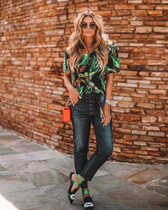 E quando o look é DEUSO and SUSTENTÁVEL! Amo 💕 • O modelito é todo @damyller com essa tendência da camisa estampada que estou apaixonada e…