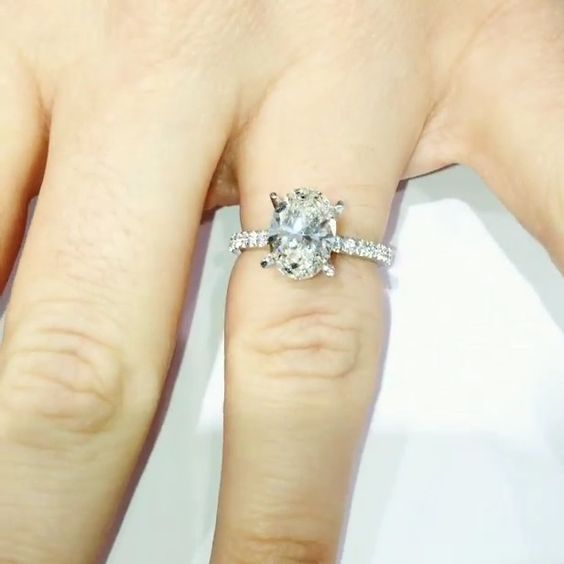 Beautiful 2 carat oval engagement ring Dream Wedding Pinterest