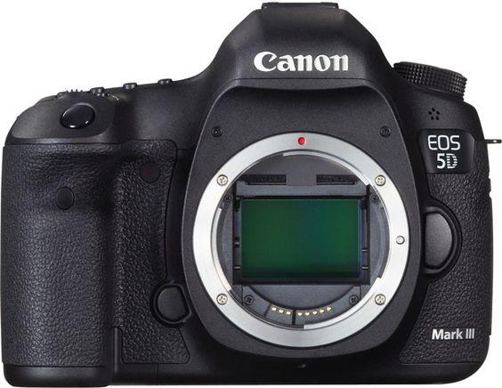 Une mise à jour firmware 1.1.2 disponible pour le Canon 5D Mark III.