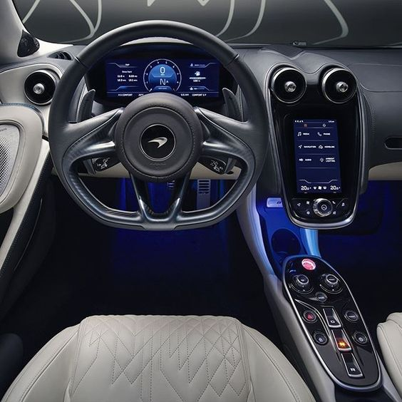 فضای داخلی McLaren GT 2020