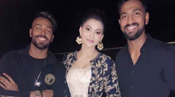 Hardik Pandya spotted flirting with Hate Story 4 actor Urvashi Rautela - The Indian Express