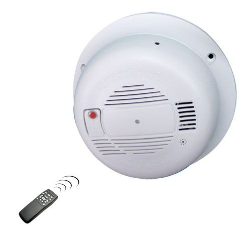 smoke detector hidden camera catches liars and thieves in your home or office hidden cameras. Black Bedroom Furniture Sets. Home Design Ideas