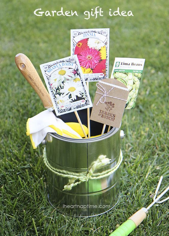 Gardening Gift... Great For Motheru0027s Day If Momu0027s A Gardener! How About