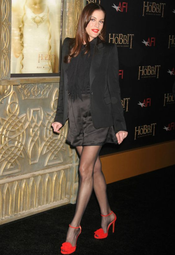 Liv Tyler and her red sandals @The Hobbit Premiere