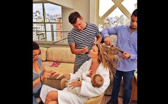 http://gnt.globo.com/maes-e-filhos/fotos/olivia-wilde-posa-para-editorial-amamentando-o-filho.htm#4292=1