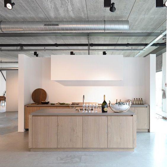 Piet Boon Kitchen showroom Styling: Karin Meyn Image © C-Moore (C-Moore blog)