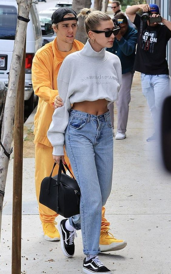 Justin Bieber heads to a spa with 'birthday gift' Hailey After celebrating another year of life night into the night, Justin Bieber and Hailey Baldwin headed to the spa together on Sunday in Los Angeles. #birthdayoutfits