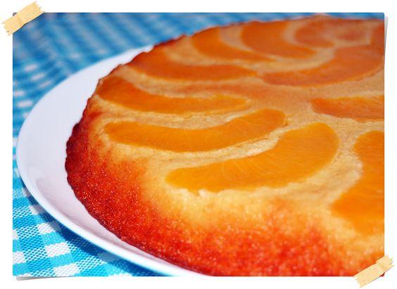 Tarta invertida de melocotón en almíbar | Cocinar en casa es facilisimo.com