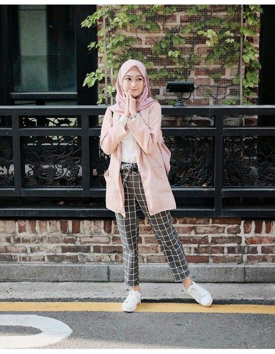 Fashion Pakaian Wanita Gaya Berpakaian Model Pakaian Remaja Wanita