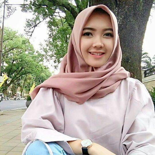 Jilbab Cantik Murah di Tenggarong