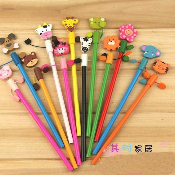 Animals on pencils....ingenious :)